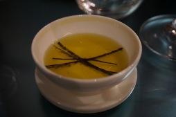 de l'huile d'olive au nori.